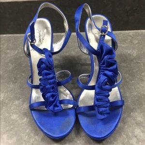 Peacock blue dressy heels. Size 8.5 M